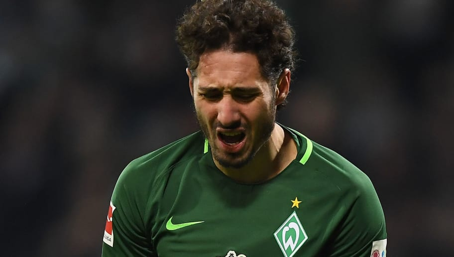 BREMEN, GERMANY - FEBRUARY 24: Ishak Belfodil of Bremen screams in frustration during the Bundesliga match between SV Werder Bremen and Hamburger SV at Weserstadion on February 24, 2018 in Bremen, Germany. (Photo by Lukas Schulze/Bongarts/Getty Images)
