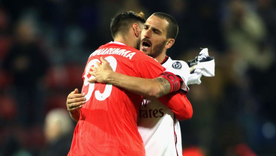 CAGLIARI, ITALY - JANUARY 21: Gigio Donnarumma and Leonardo Bonucci of Milan celebrates a victory during the serie A match between Cagliari Calcio and AC Milan at Stadio Sant'Elia on January 21, 2018 in Cagliari, Italy.  (Photo by Enrico Locci/Getty Images)