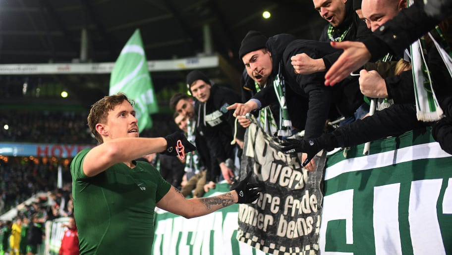 BREMEN, GERMANY - FEBRUARY 24: Max Kruse of Bremen celebrates with supporters after the Bundesliga match between SV Werder Bremen and Hamburger SV at Weserstadion on February 24, 2018 in Bremen, Germany. (Photo by Lukas Schulze/Bongarts/Getty Images)