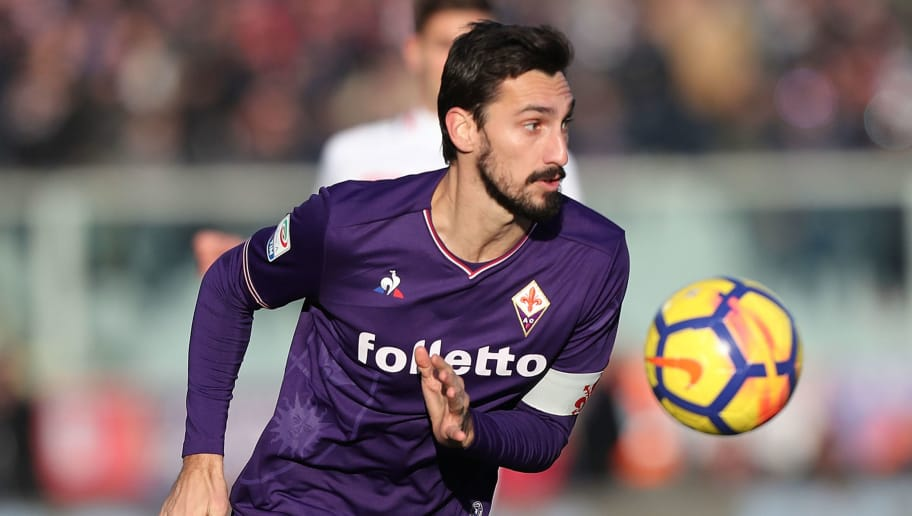 FLORENCE, ITALY - DECEMBER 17: Davide Astori of ACF Fiorentina in action during the Serie A match betweenACF Fiorentina and Genoa CFC at Stadio Artemio Franchi on December 17, 2017 in Florence, Italy.  (Photo by Gabriele Maltinti/Getty Images)
