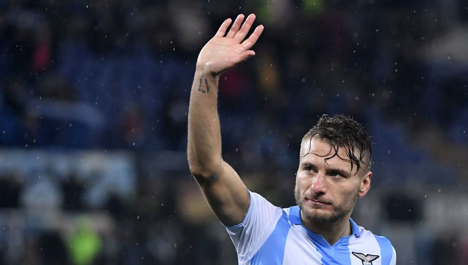 Lazio's midfielder from Italy Ciro Immobile waves to supporters as he celebrates after the Round of 32 second leg UEFA Europa League football match between Lazio and Steaua Bucharest at The Olympic Stadium in Rome on February 22, 2018. / AFP PHOTO / TIZIANA FABI        (Photo credit should read TIZIANA FABI/AFP/Getty Images)
