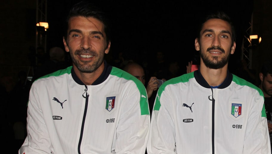 FLORENCE, ITALY - NOVEMBER 09:  (L-R) Gianluigi Buffon, Davide Astori and Manolo Gabbiadini attend the launch of the new Puma home kit at Palazzo Vecchio on November 9, 2015 in Florence, Italy.  (Photo by Paolo Bruno/Getty Images)