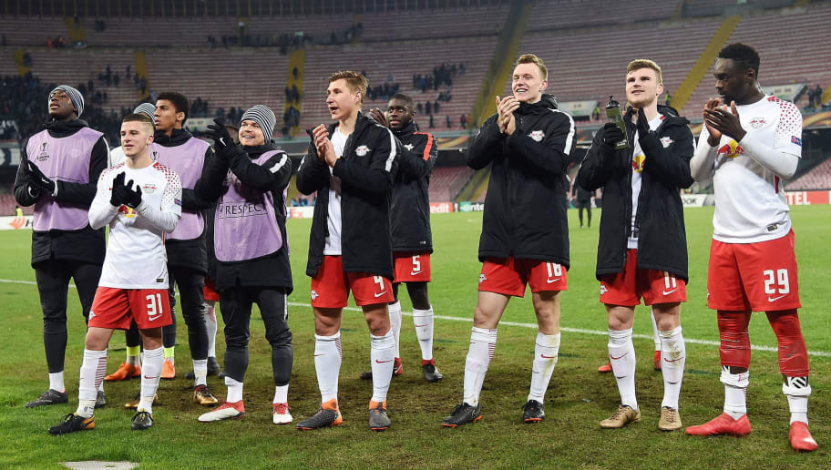 NAPLES, ITALY - FEBRUARY 15:  Players of RB Leipzig celebrate the victory after UEFA Europa League Round of 32 match between Napoli and RB Leipzig at the Stadio San Paolo on February 15, 2018 in Naples, Italy.  (Photo by Francesco Pecoraro/Getty Images)