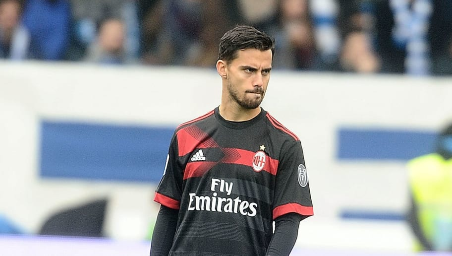 FERRARA, ITALY - FEBRUARY 10: Suso of AC Milan looks on during the serie A match between Spal and AC Milan at Stadio Paolo Mazza on February 10, 2018 in Ferrara, Italy.  (Photo by Mario Carlini / Iguana Press/Getty Images)