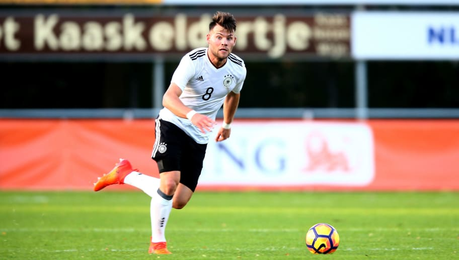 HARDENBERG, NETHERLANDS - OCTOBER 05:  Eduard Loewen of Germany runs with the ball during the International friendly match between U20 Netherlands and U20 Germany U20 at Sportpark De Boshoek on October 5, 2017 in Hardenberg, Netherlands.  (Photo by Christof Koepsel/Bongarts/Getty Images)