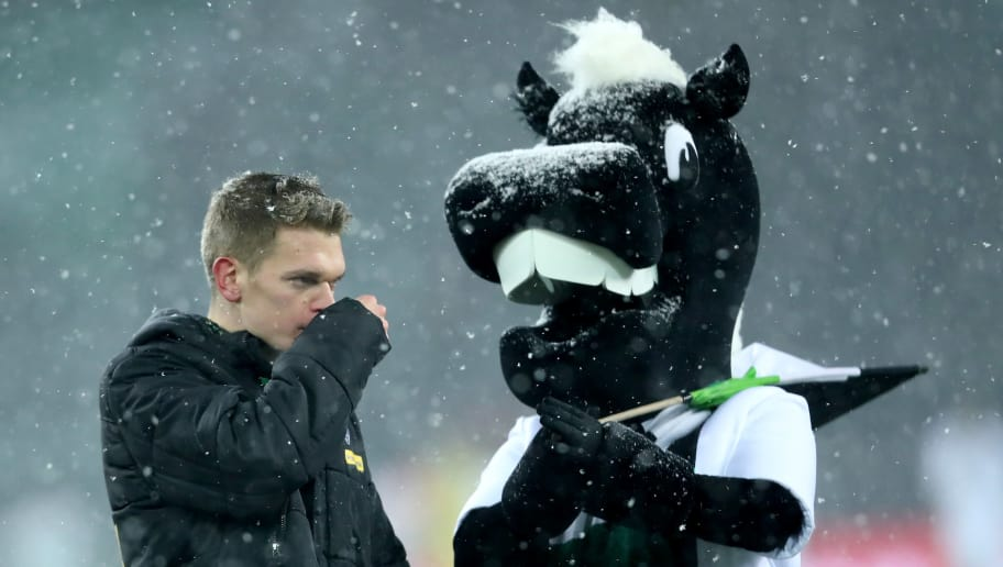 MOENCHENGLADBACH, GERMANY - MARCH 02: Matthias Ginter of Moenchengladbach looks dejected after the Bundesliga match between Borussia Moenchengladbach and SV Werder Bremen at Borussia-Park on March 2, 2018 in Moenchengladbach, Germany. The match between Moenchengladbach and Bremen ended 2-2. (Photo by Christof Koepsel/Bongarts/Getty Images)
