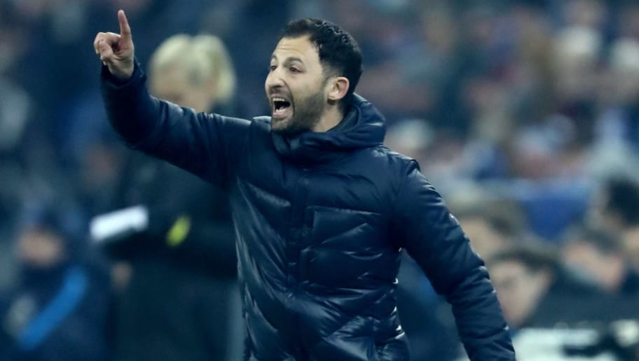 GELSENKIRCHEN, GERMANY - MARCH 03: Head coach Domenico Tedesco of Schalke issues instructions during the Bundesliga match between FC Schalke 04 and Hertha BSC at Veltins-Arena on March 3, 2018 in Gelsenkirchen, Germany. The match between Schalke and Berlin ended 1-0. (Photo by Christof Koepsel/Bongarts/Getty Images)