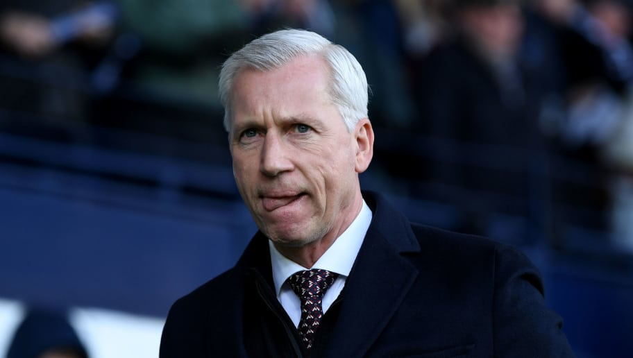 WEST BROMWICH, ENGLAND - FEBRUARY 24:  Alan Pardew, Manager of West Bromwich Albion looks on prior to the Premier League match between West Bromwich Albion and Huddersfield Town at The Hawthorns on February 24, 2018 in West Bromwich, England.  (Photo by Gareth Copley/Getty Images)