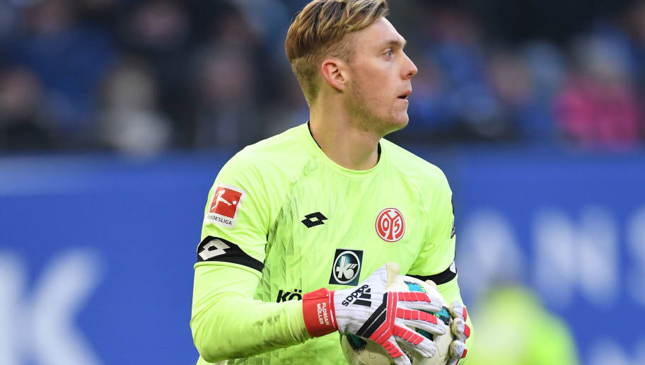 HAMBURG, GERMANY - MARCH 03: Florian Mueller of Mainz in action during the Bundesliga match between Hamburger SV and 1. FSV Mainz 05 at Volksparkstadion on March 3, 2018 in Hamburg, Germany.  (Photo by Stuart Franklin/Bongarts/Getty Images)