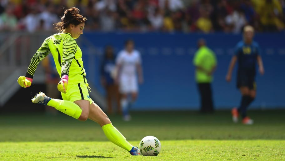 US goalkeeper Hope Solo prepares to kick the ball during the Rio 2016 Olympic Games Quarter-finals women's football match USA vs Sweden, at the Mane Garrincha Stadium in Brasilia on August 12, 2016. / AFP / EVARISTO SA        (Photo credit should read EVARISTO SA/AFP/Getty Images)