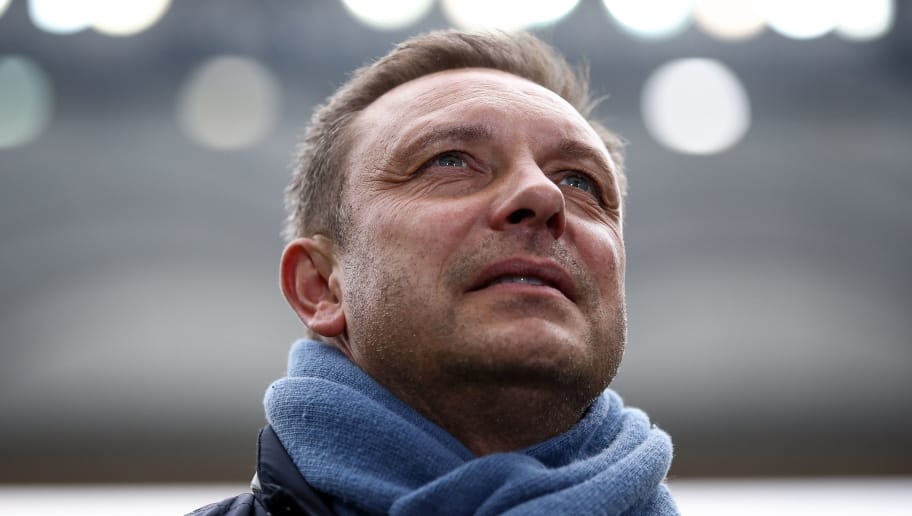 FRANKFURT AM MAIN, GERMANY - MARCH 03: Andre Breitenreiter Head Coach of Hannover 96 looks on prior the Bundesliga match between Eintracht Frankfurt and Hannover 96 at Commerzbank-Arena on March 3, 2018 in Frankfurt am Main, Germany. (Photo by Maja Hitij/Bongarts/Getty Images)