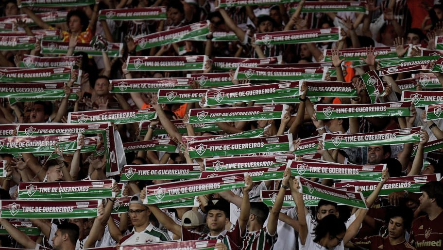 RIO DE JANEIRO, BRAZIL - OCTOBER 18: A general view of fans of Fluminense  during the match between Fluminense and Sao Paulo as part of Brasileirao Series A 2017 at Maracana Stadium on October 18, 2017 in Rio de Janeiro, Brazil. (Photo by Alexandre Loureiro/Getty Images)