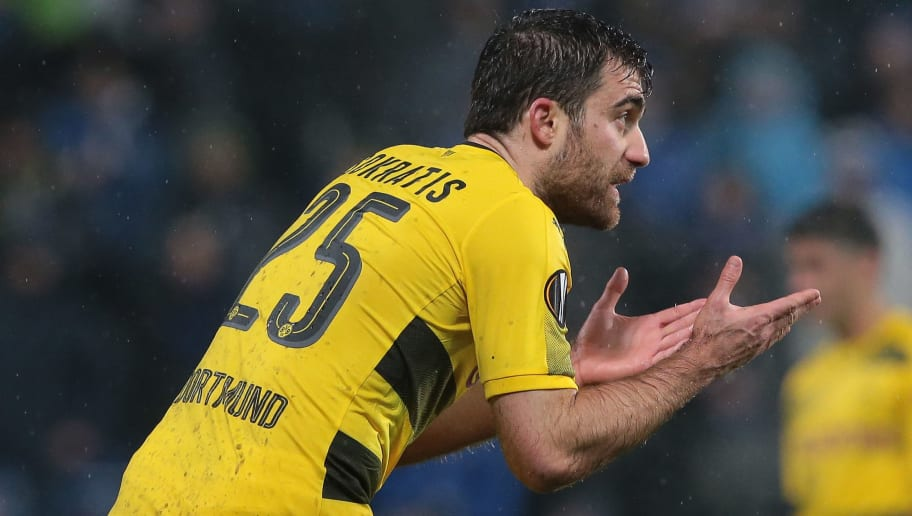 REGGIO NELL'EMILIA, ITALY - FEBRUARY 22:  Sokratis Papastathopoulos of Borussia Dortmund reacts during UEFA Europa League Round of 32 match between Atalanta and Borussia Dortmund at the Mapei Stadium - Citta' del Tricolore on February 22, 2018 in Reggio nell'Emilia, Italy.  (Photo by Emilio Andreoli/Getty Images)