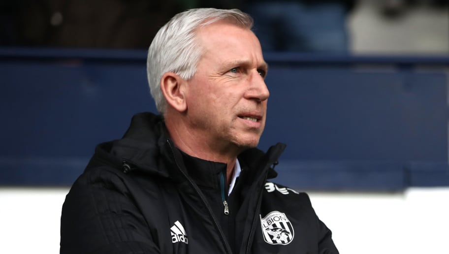 WEST BROMWICH, ENGLAND - MARCH 10:  Alan Pardew, Manager of West Bromwich Albion looks on prior to the Premier League match between West Bromwich Albion and Leicester City at The Hawthorns on March 10, 2018 in West Bromwich, England.  (Photo by Clive Mason/Getty Images)