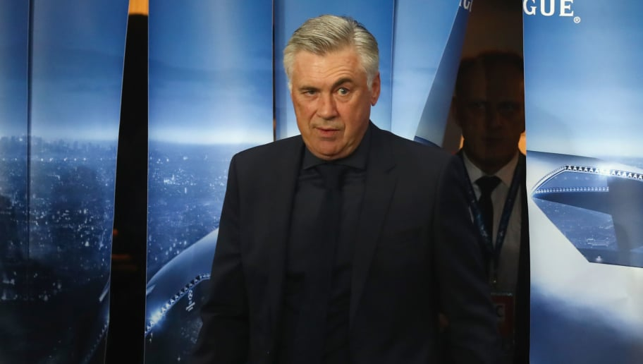 PARIS, FRANCE - SEPTEMBER 27:  Carlo Ancelotti, head coach of FC Bayern Muenchen  arrives for the UEFA Champions League group B match between Paris Saint-Germain and Bayern Muenchen at Parc des Princes on September 27, 2017 in Paris, France.  (Photo by Alexander Hassenstein/Bongarts/Getty Images)