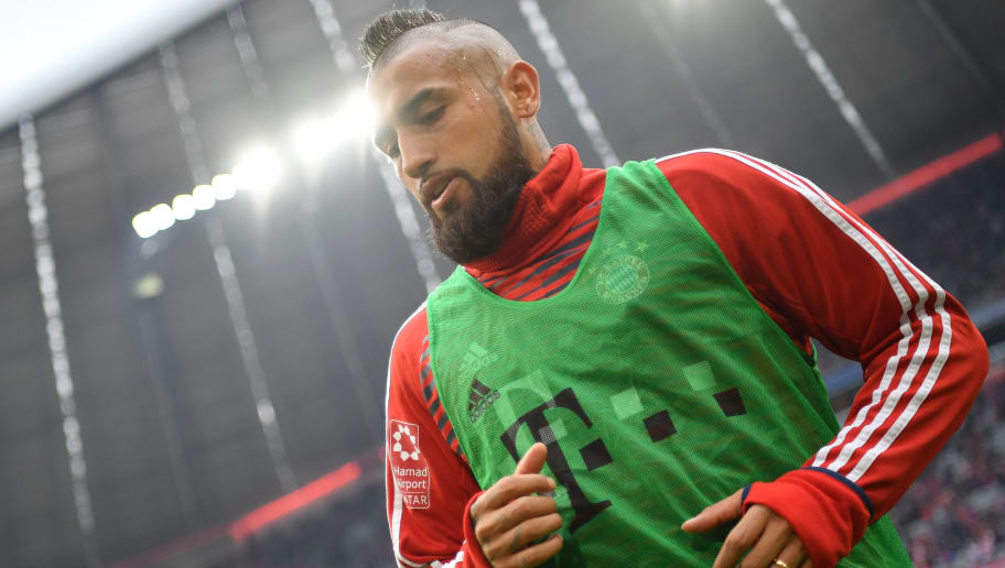 MUNICH, GERMANY - MARCH 10: Arturo Vidal of Bayern Muenchen looks on prior to the Bundesliga match between FC Bayern Muenchen and Hamburger SV at Allianz Arena on March 10, 2018 in Munich, Germany. (Photo by Sebastian Widmann/Bongarts/Getty Images)