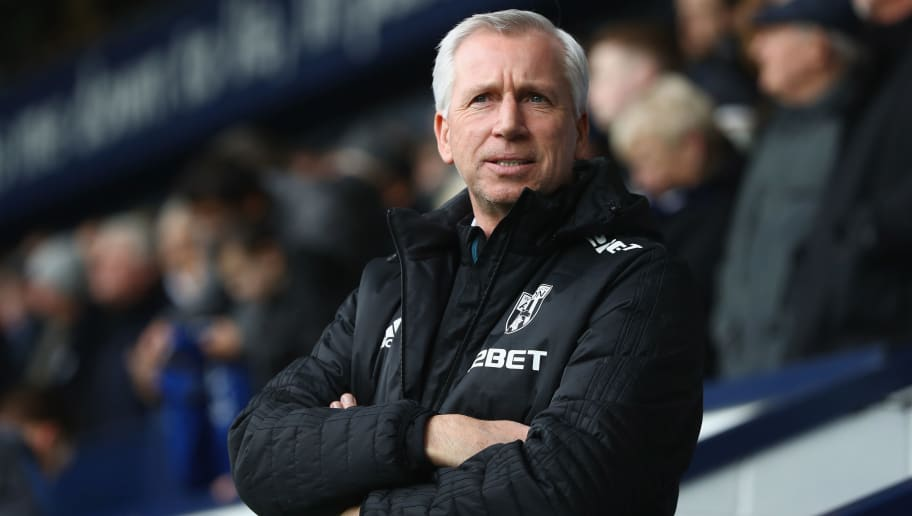 WEST BROMWICH, ENGLAND - MARCH 10:  Alan Pardew the manager of West Bromwich Albion during the Premier League match between West Bromwich Albion and Leicester City at The Hawthorns on March 10, 2018 in West Bromwich, England.  (Photo by Michael Steele/Getty Images)
