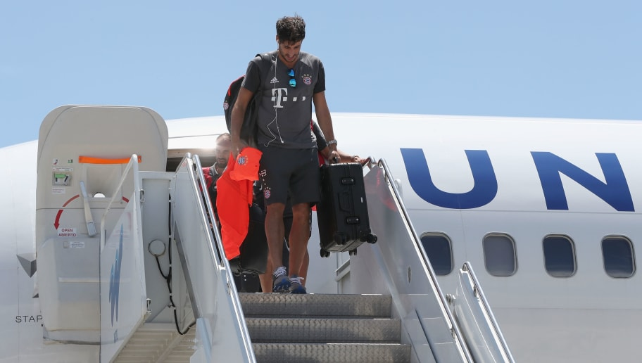 CHARLOTTE, NC - JULY 29:  Javi Martinez of FC Bayern Muenchen gets off the airplane after the team landed at Charlotte Douglas International airport on July 29, 2016 in Charlotte, United States.  (Photo by Alexandra Beier/Bongarts/Getty Images)
