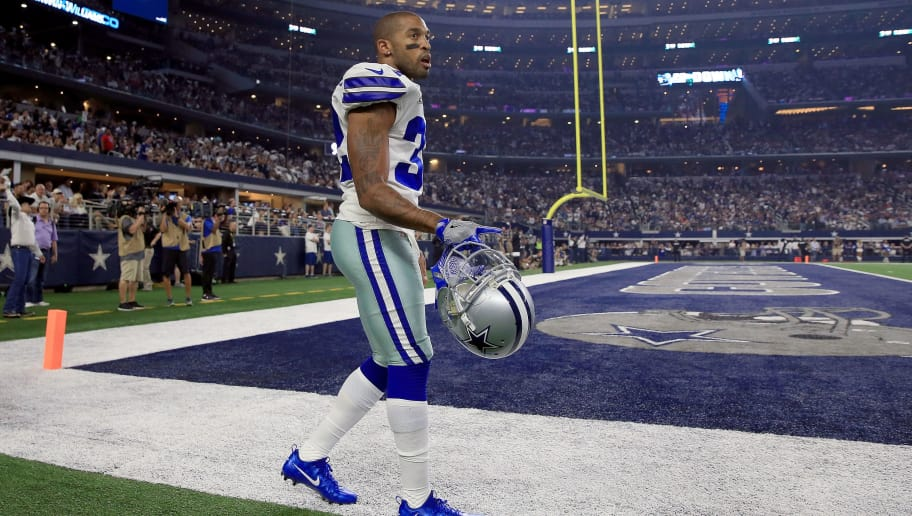 ARLINGTON, TX - SEPTEMBER 10: Orlando Scandrick #32 of the Dallas Cowboys walks to the locker room after being injured on a play against the New York Giants in the first half at AT&T Stadium on September 10, 2017 in Arlington, Texas.  (Photo by Tom Pennington/Getty Images)