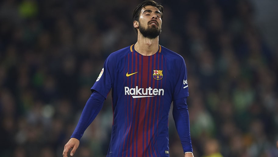 SEVILLE, SPAIN - JANUARY 21:  Andre Gomes of FC Barcelona reacts the La Liga match between Real Betis and Barcelona at Estadio Benito Villamarin on January 21, 2018 in Seville, .  (Photo by Aitor Alcalde/Getty Images)