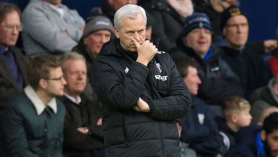 West Bromwich Albion's English head coach Alan Pardew reacts during the English Premier League football match between West Bromwich Albion and Leicester City at The Hawthorns stadium in West Bromwich, central England, on March 10, 2018.  / AFP PHOTO / Lindsey PARNABY / RESTRICTED TO EDITORIAL USE. No use with unauthorized audio, video, data, fixture lists, club/league logos or 'live' services. Online in-match use limited to 75 images, no video emulation. No use in betting, games or single club/league/player publications.  /         (Photo credit should read LINDSEY PARNABY/AFP/Getty Images)