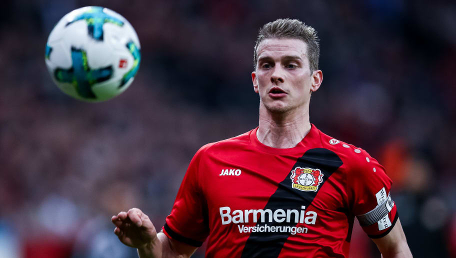 LEVERKUSEN, GERMANY - JANUARY 28: Lars Bender #8 of Bayer Leverkusen controls the ball during the Bundesliga match between Bayer 04 Leverkusen and 1. FSV Mainz 05 at BayArena on January 28, 2018 in Leverkusen, Germany. (Photo by Maja Hitij/Bongarts/Getty Images)