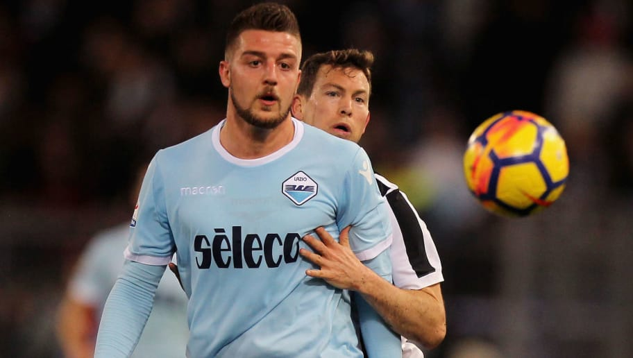 ROME, ITALY - MARCH 03:  Stefan Lichtsteiner of Juventus competes for the ball with Sergej Milinkovic of SS Lazio during the serie A match between SS Lazio and Juventus at Stadio Olimpico on March 3, 2018 in Rome, Italy.  (Photo by Paolo Bruno/Getty Images)