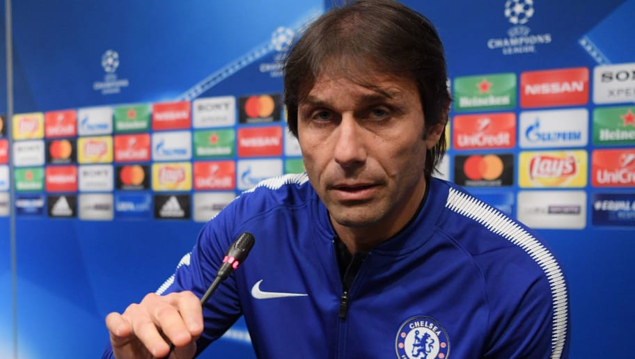 BARCELONA, SPAIN - MARCH 13:  Antonio Conte, Manager of Chelsea looks on during a Chelsea press conference on the eve of their UEFA Champions League round of 16 match against FC Barcelona at Nou Camp on March 13, 2018 in Barcelona, Spain.  (Photo by David Ramos/Getty Images)