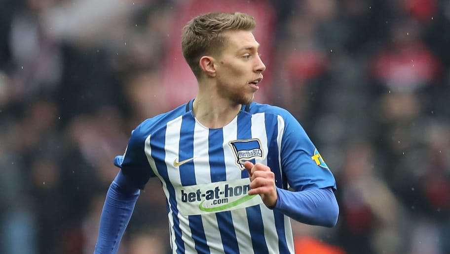 BERLIN, GERMANY - MARCH 10:  Mitchell Weiser of Hertha BSC runs with the ball during the Bundesliga match between Hertha BSC and Sport-Club Freiburg at Olympiastadion on March 10, 2018 in Berlin, Germany.  (Photo by Boris Streubel/Bongarts/Getty Images)