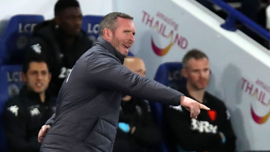 Leicester City's caretaker manager Michael Appleton gestures on the touchline during the English League Cup fourth round football match between Leicester City and Leeds United at King Power Stadium in Leicester, central England on October 24, 2017. / AFP PHOTO / Lindsey PARNABY / RESTRICTED TO EDITORIAL USE. No use with unauthorized audio, video, data, fixture lists, club/league logos or 'live' services. Online in-match use limited to 75 images, no video emulation. No use in betting, games or single club/league/player publications.  /         (Photo credit should read LINDSEY PARNABY/AFP/Getty Images)