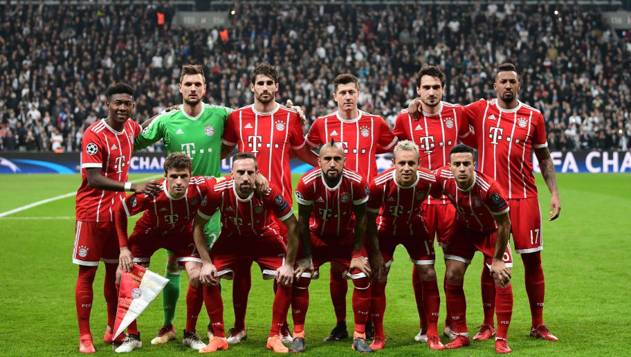 Bayern Munich's players (Front, From L) forward Thomas Mueller, French midfielder Franck Ribery, Chilean midfielder Arturo Vidal, Brazilian defender Rafinha, and Spanish midfielder Thiago Alcantara and (Rear, From L) Austrian defender David Alaba, goalkeeper Sven Ulreich, Spanish defender Javi Martinez, forward Robert Lewandowski, defender Mats Hummels and defender Jerome Boateng pose for a team photo prior to the second leg of the last 16 UEFA Champions League football match between Besiktas and Bayern Munich at Besiktas Park in Istanbul on March 14, 2018.  / AFP PHOTO / OZAN KOSE        (Photo credit should read OZAN KOSE/AFP/Getty Images)
