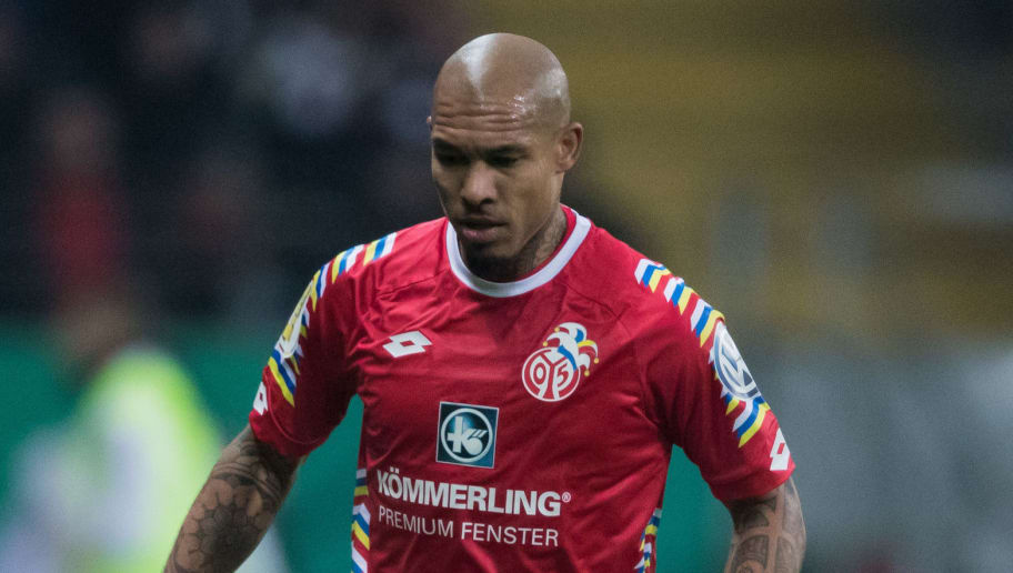 FRANKFURT AM MAIN, GERMANY - FEBRUARY 07: Nigel De Jong of Mainz controls the ball during the DFB Cup quarter final match between Eintracht Frankfurt and 1. FSV Mainz 05 at Commerzbank-Arena on February 7, 2018 in Frankfurt am Main, Germany. (Photo by Simon Hofmann/Bongarts/Getty Images)