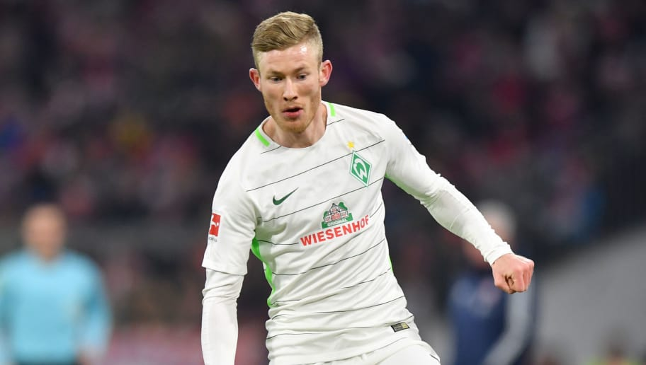 MUNICH, GERMANY - JANUARY 21: Florian Kainz of Bremen plays the ball during the Bundesliga match between FC Bayern Muenchen and SV Werder Bremen at Allianz Arena on January 21, 2018 in Munich, Germany. (Photo by Sebastian Widmann/Bongarts/Getty Images)
