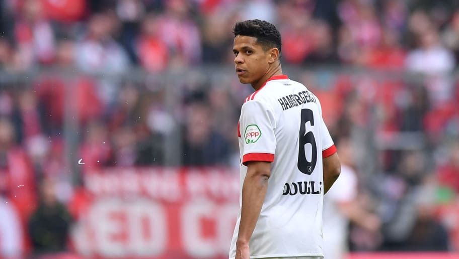 MUNICH, GERMANY - MARCH 10: Douglas Santos of Hamburg looks on during the Bundesliga match between FC Bayern Muenchen and Hamburger SV at Allianz Arena on March 10, 2018 in Munich, Germany. (Photo by Sebastian Widmann/Bongarts/Getty Images)