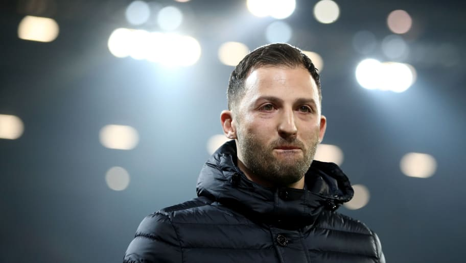 MAINZ, GERMANY - MARCH 09:  Head coach Domenico Tedesco of Schalke is seen prior to the Bundesliga match between 1. FSV Mainz 05 and FC Schalke 04 at Opel Arena on March 9, 2018 in Mainz, Germany.  (Photo by Alex Grimm/Bongarts/Getty Images)