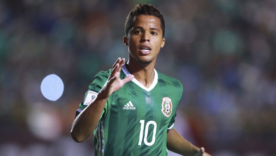 SAN LUIS POTOSI, MEXICO - OCTOBER 06: Giovani Dos Santos of Mexico gestures during the match between Mexico and Trinidad & Tobago as part of the FIFA 2018 World Cup Qualifiers at Alfonso Lastras Stadium on October 6, 2017 in San Luis Potosi, Mexico. (Photo by Hector Vivas/Getty Images)