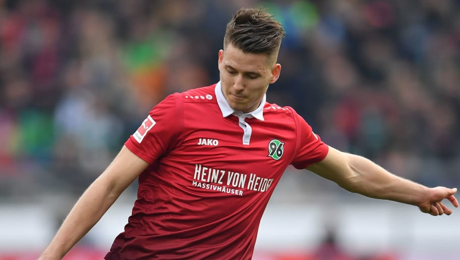 HANOVER, GERMANY - MARCH 10:  Waldemar Anton of Hannover in action during the Bundesliga match between Hannover 96 and FC Augsburg at HDI-Arena on March 10, 2018 in Hanover, Germany.  (Photo by Stuart Franklin/Bongarts/Getty Images)