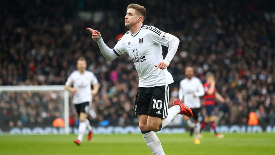 LONDON, ENGLAND - MARCH 17: Tom Cairney of Fulham celebrates scoring his side's first goal during the Sky Bet Championship match between Fulham and Queens Park Rangers at Craven Cottage on March 17, 2018 in London, England.  (Photo by Julian Finney/Getty Images)