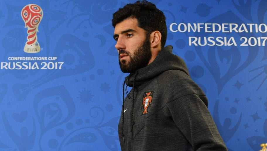 Portugal's defender Luis Neto arrives for a press conference at Krestovsky Stadium in Saint Petersburg on June 23, 2017, on the eve of the 2017 FIFA Confederations Cup group A football match between New Zealand and Portugal. / AFP PHOTO / Mladen ANTONOV        (Photo credit should read MLADEN ANTONOV/AFP/Getty Images)