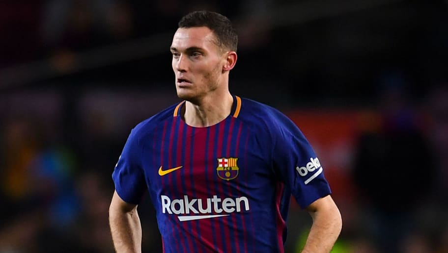 BARCELONA, SPAIN - JANUARY 11:  Thomas Vermaelen of FC Barcelona runs with the ball during the Copa del Rey round of 16 second leg match between FC Barcelona and Celta de Vigo at Camp Nou on January 11, 2018 in Barcelona, Spain.  (Photo by David Ramos/Getty Images)