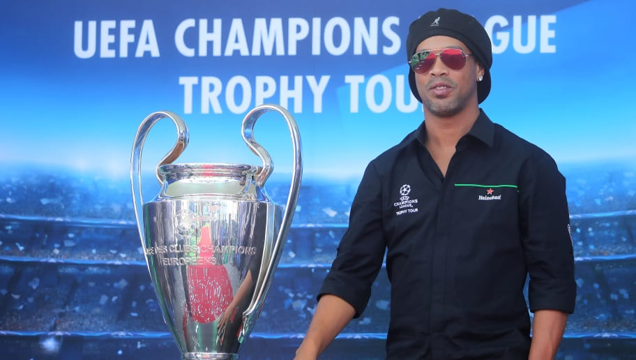 MEXICO CITY, MEXICO - MARCH 10: Ronaldinho poses during the UEFA Champions League Trophy Tour presented by Heineken on March 10, 2017 in Mexico City, Mexico. (Photo by Hector Vivas/Getty Images)