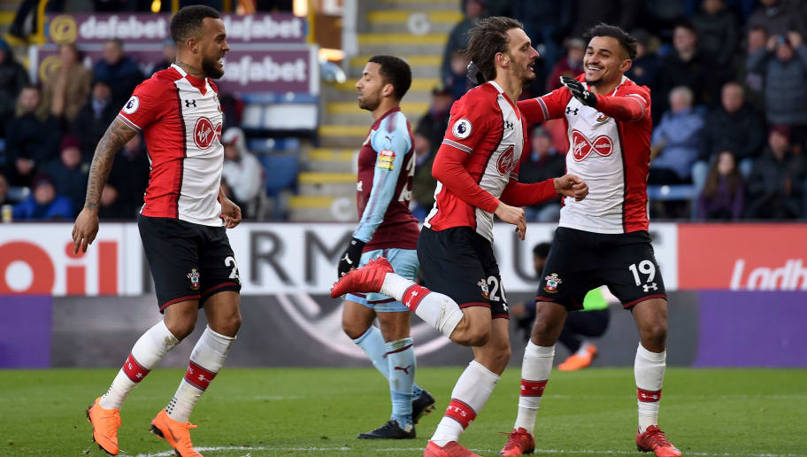 BURNLEY, ENGLAND - FEBRUARY 24:  Manolo Gabbiadini of Southampton celebrates with teammates after scoring his sides first goal during the Premier League match between Burnley and Southampton at Turf Moor on February 24, 2018 in Burnley, England.  (Photo by Gary Prior/Getty Images)