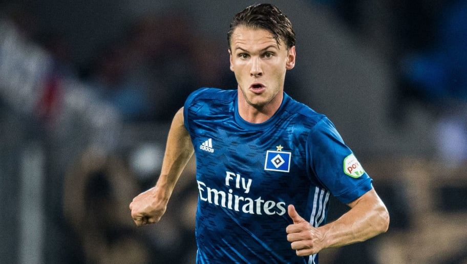 COLOGNE, GERMANY - AUGUST 25: Albin Ekdal of Hamburg in action during the Bundesliga match between 1. FC Koeln and Hamburger SV at RheinEnergieStadion on August 25, 2017 in Cologne, Germany. (Photo by Lukas Schulze/Bongarts/Getty Images)