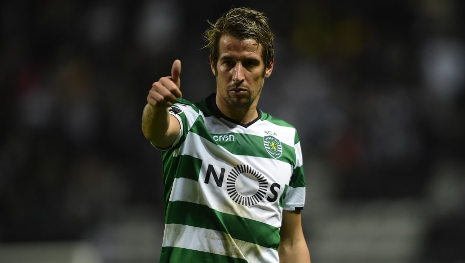 Sporting's Portuguese midfielder Fabio Coentrao gives the thumb up during the Portuguese league football match between Boavista and Sporting Lisbon at the Bessa Stadium in Boavista on December 9, 2017. Sporting won the match 3-1. / AFP PHOTO / MIGUEL RIOPA        (Photo credit should read MIGUEL RIOPA/AFP/Getty Images)