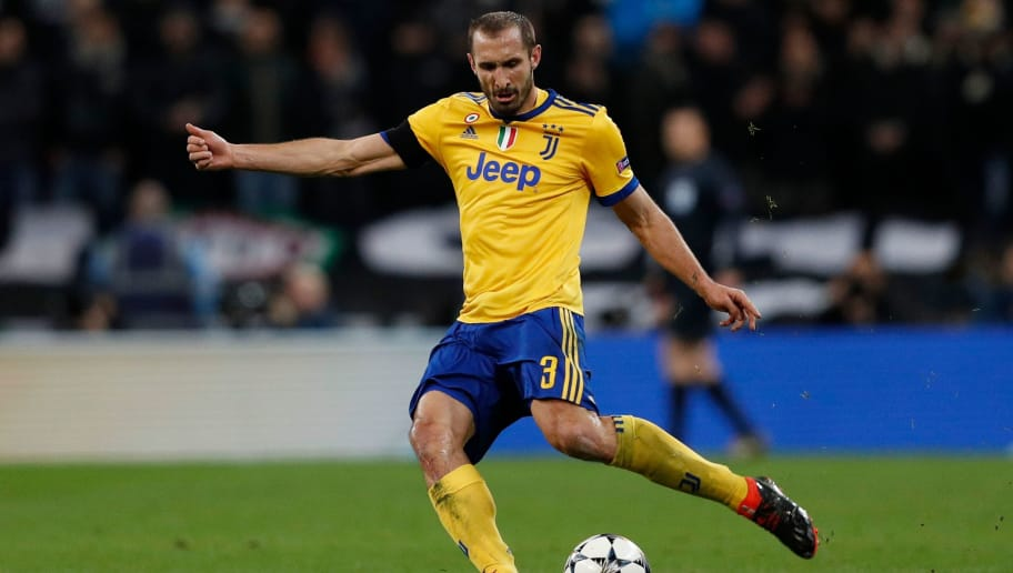 Juventus' Italian defender Giorgio Chiellini plays during the UEFA Champions League round of sixteen second leg football match between Tottenham Hotspur and Juventus at Wembley Stadium in London, on March 7, 2018. / AFP PHOTO / Adrian DENNIS        (Photo credit should read ADRIAN DENNIS/AFP/Getty Images)