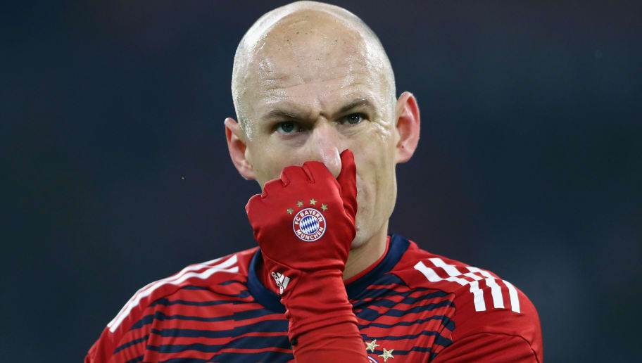 MUNICH, GERMANY - FEBRUARY 10:  Arjen Robben of Muenchen reacts prior to the Bundesliga match between FC Bayern Muenchen and FC Schalke 04 at Allianz Arena on February 10, 2018 in Munich, Germany.  (Photo by Alex Grimm/Bongarts/Getty Images)