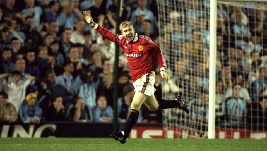 25 Aug 1999:  Paul Scholes of Man United celebrates his goal during the match between Coventry City and Manchester United in the FA Carling Premiership at Highfield Road, Coventry. Manchester United won the game 2-1. \ Mandatory Credit: Phil Cole /Allsport