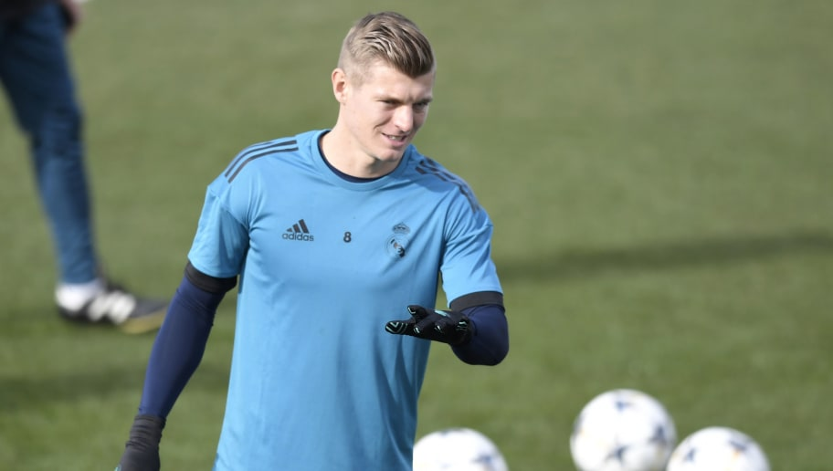 Real Madrid's German midfielder Toni Kroos attends a training session at Valdebebas Sport City in Madrid on February 13, 2018 on the eve of the Champions' League football match against Paris Saint-Germain (PSG). / AFP PHOTO / GABRIEL BOUYS        (Photo credit should read GABRIEL BOUYS/AFP/Getty Images)