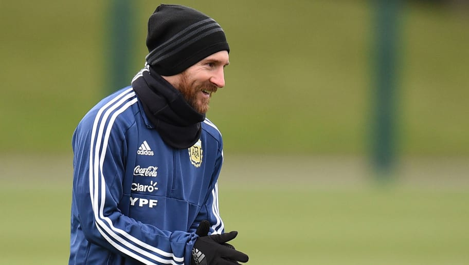 Argentina's forward Lionel Messi participates in a team training session at the City Academy training complex in Manchester, north west England on March 21, 2018 ahead of their March 23 international friendly football match against Italy at the Ethiad Stadium. / AFP PHOTO / Oli SCARFF        (Photo credit should read OLI SCARFF/AFP/Getty Images)