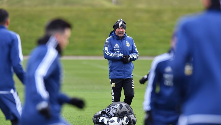 Argentina's coach Jorge Sampaoli takes part in a team training session at the City Academy training complex in Manchester, north west England on March 20, 2018 ahead of their March 23 international friendly football match against Italy at the Ethiad Stadium. / AFP PHOTO / Anthony Devlin        (Photo credit should read ANTHONY DEVLIN/AFP/Getty Images)